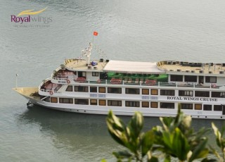 ROYALWINGS CRUISE 2 DAYS 1 NIGHT AND 3 DAYS 2 NIGHTS from 242 USD/2 person only