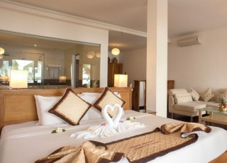 VINH HUNG RIVER SIDE RESORT & SPA ****