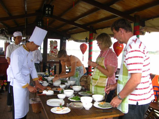 HOIAN FULL DAY COOKING TOUR
