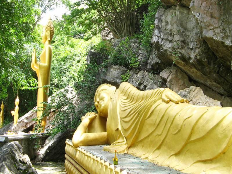 LAOS AND CAMBODIA TREASURES 8 DAYS 7 NIGHTS